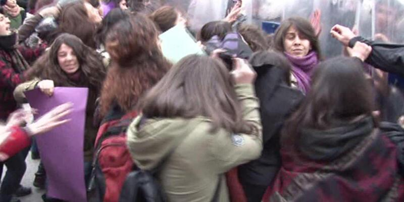 Ankara'da Özgecan yürüyüşüne polis müdahalesi!