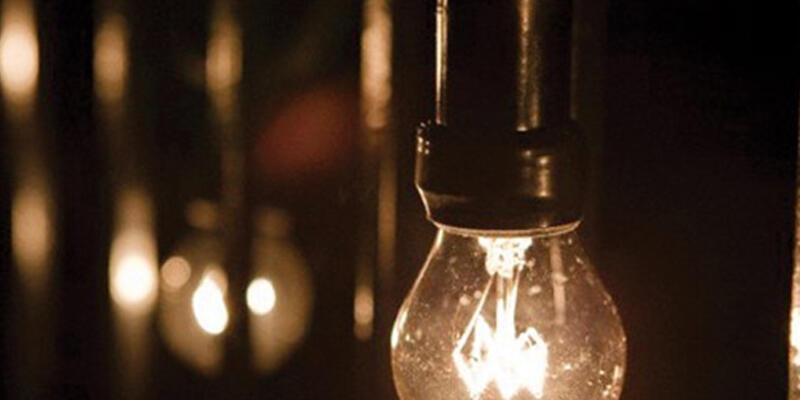 İstanbul'da elektrik kesintisi sürüyor