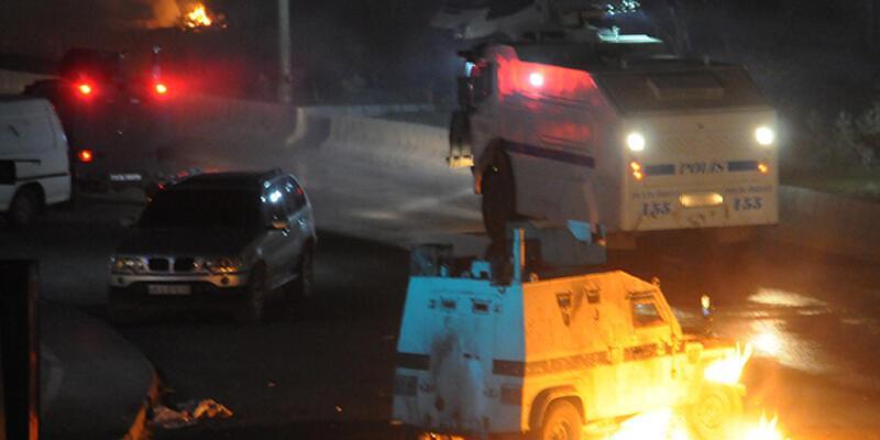 Cizre'de olaylı gece! Polisle çatıştılar...