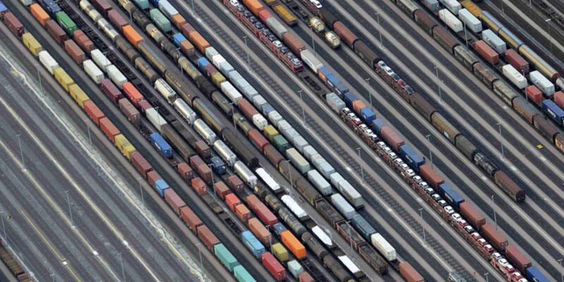 Ocak'ta ihracat yüzde 14.4 azaldı