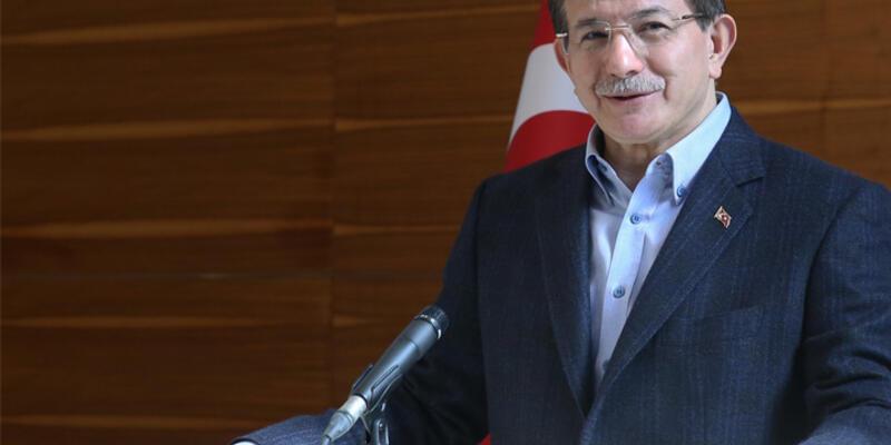 """Davutoğlu'ndan Manisa Valisi'ne tepki: """"Kabul edilemez"""""""