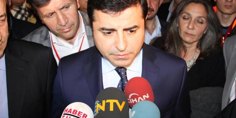 AK Partili Ünal, Diyarbakır'da HDP ve Demirtaş'ı eleştirdi