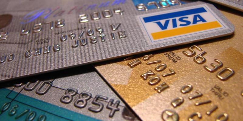 Banka ve kredi kartı sayısı nüfusun 2 katından fazla!