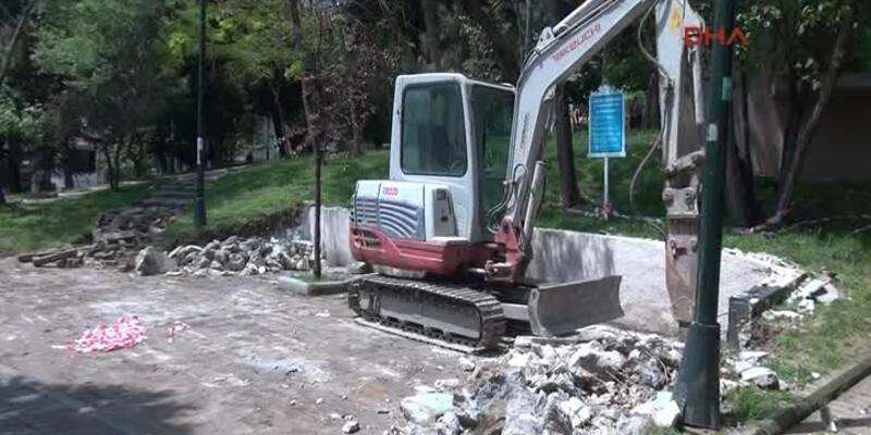 Abbasağa Parkı'nda iş makinesi hareketliliği