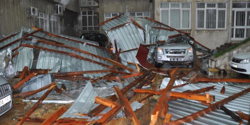 Şiddetli yağış Edirne ve Tekirdağ'ı felç etti