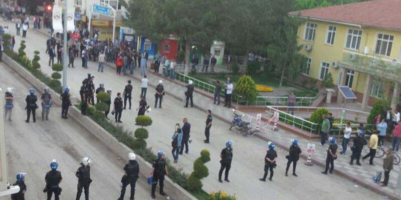 HDPnin seçim bürosu açılışına gazlı müdahale