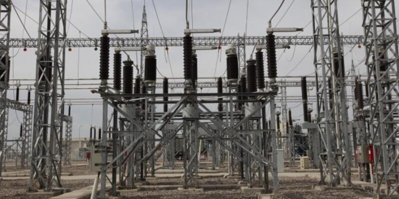 Nisanda elektrik yatırımları düştü