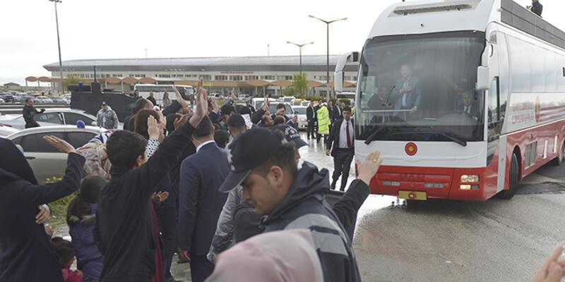 Van'da Erdoğan'ı protesto eden 4 kişi gözaltına alındı