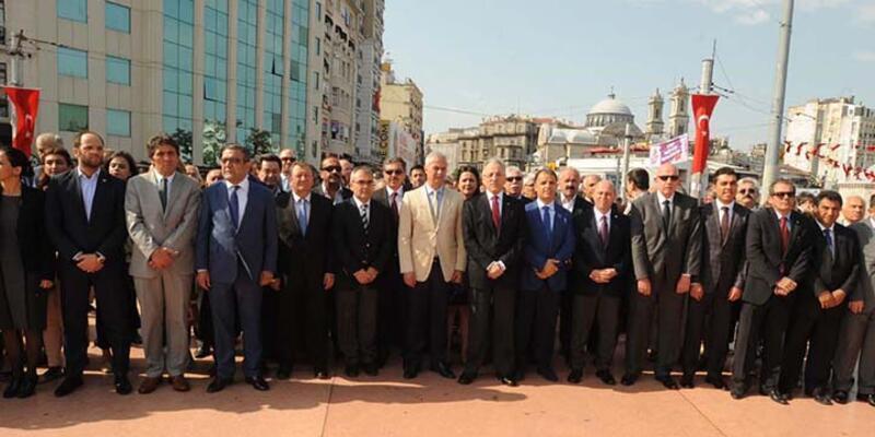 Taksim'deki 19 Mayıs törenine Vali ve Belediye Başkanı katılmadı