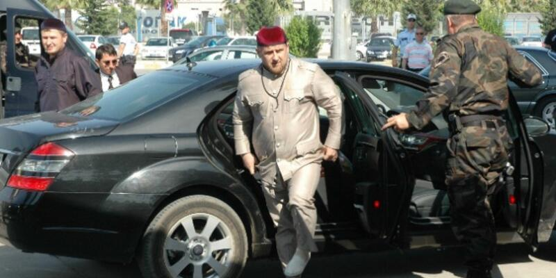 Çeçenistan Devlet Başkanı'ndan ''WhatsApp'' uyarısı