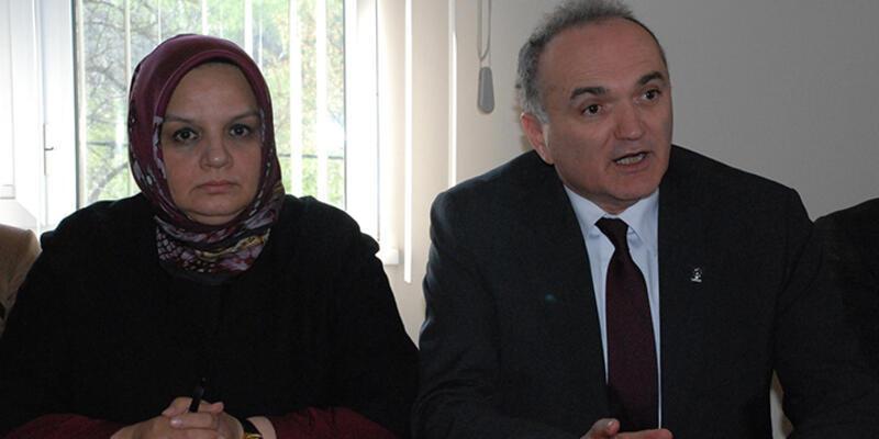 AK Partili adayların camide seçim propagandası tepki gördü