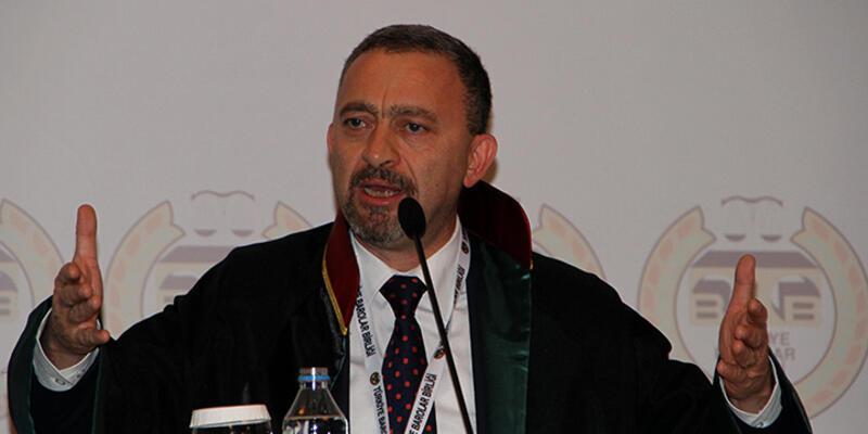 """İstanbul Barosu'na """"başörtüsü"""" davasında beraat"""