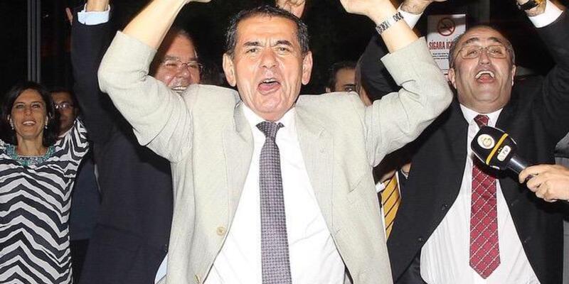 Şampiyon Galatasaray gecelere aktı
