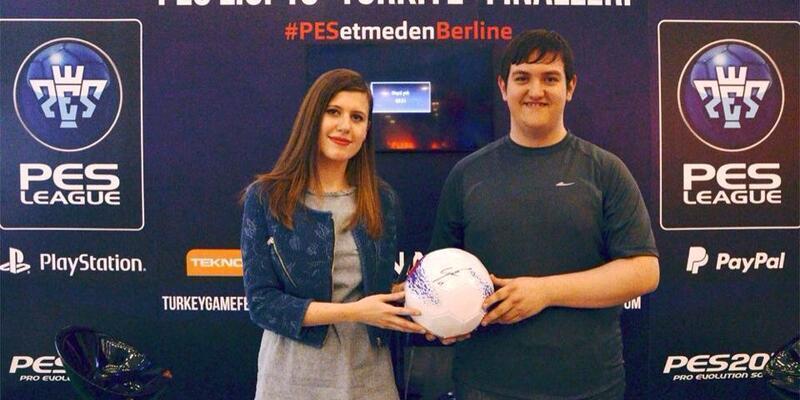 Türkiye'nin PES şampiyonu