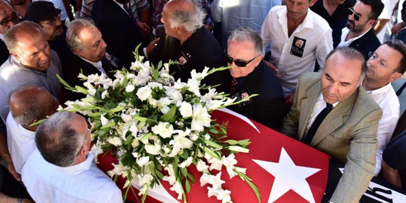 Karikatürist Bedri Koraman'ın cenazesi toprağa verildi