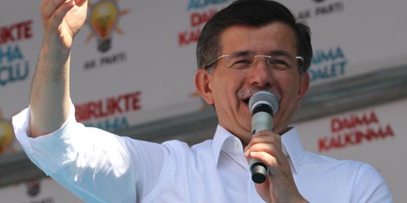"""Davutoğlu'ndan MİT TIR'ları açıklaması: """"Vallahi de billahi de..."""""""