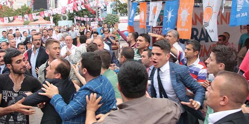 Manisa'da MHP'liler ile AK Partililer arasında arbede