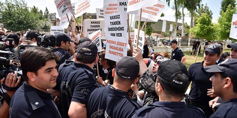 Özgecan davasında sanık avukatı protesto edildi