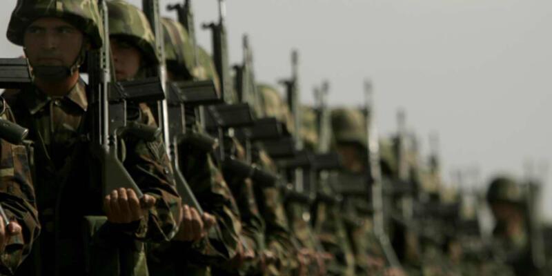 """Yargıtay: """"Askerden dönen kişiyi işveren almayabilir"""""""