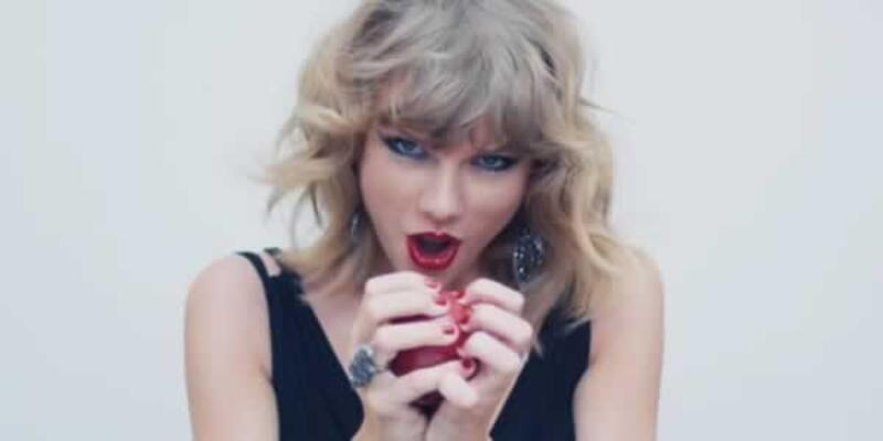 Taylor Swift, Apple'ı yola getirdi!