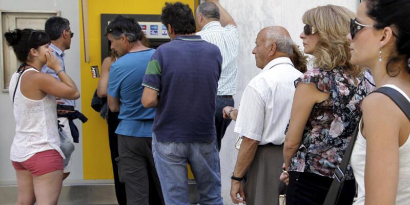 Yunanistan'da yarın bankalar açılmayacak