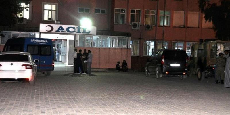 2 ilde askeri araç devrildi: 2 asker şehit, 3 asker yaralı