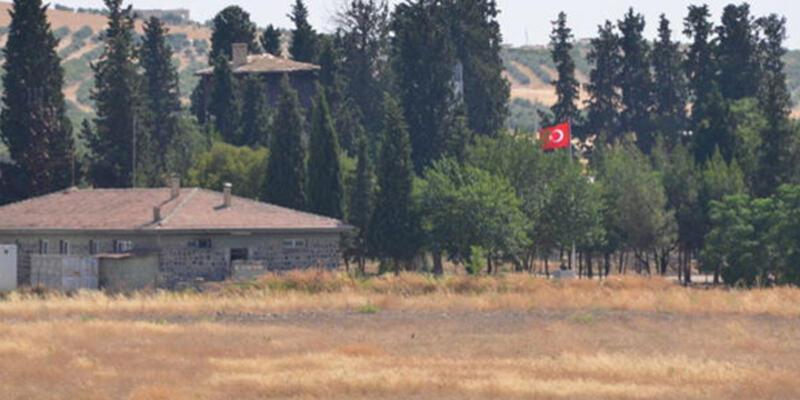 Tümgeneral Aksakallı Suriye sınırında