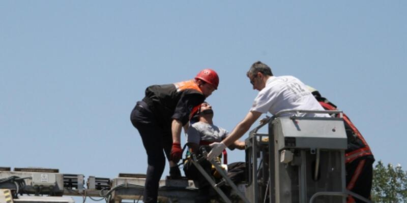 İSKİ arıtma tesislerinde işçi makineye sıkıştı