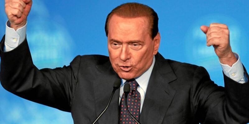 Berlusconi'ye rüşvetten hapis cezası