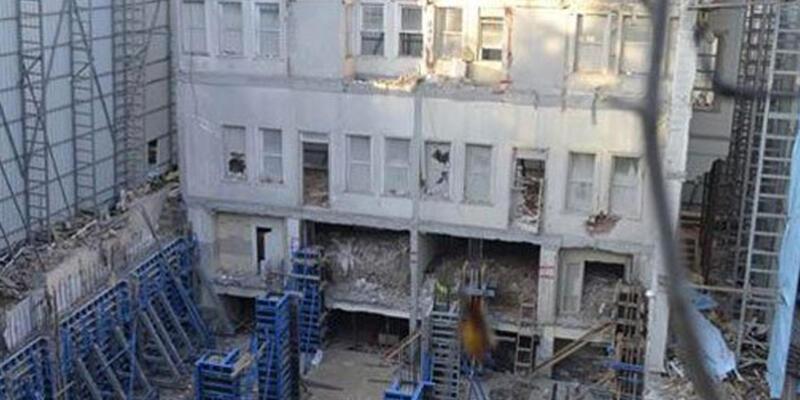 Sarraf, Kanlıca'dan sonra Kandilli'de de inşaat yaptı