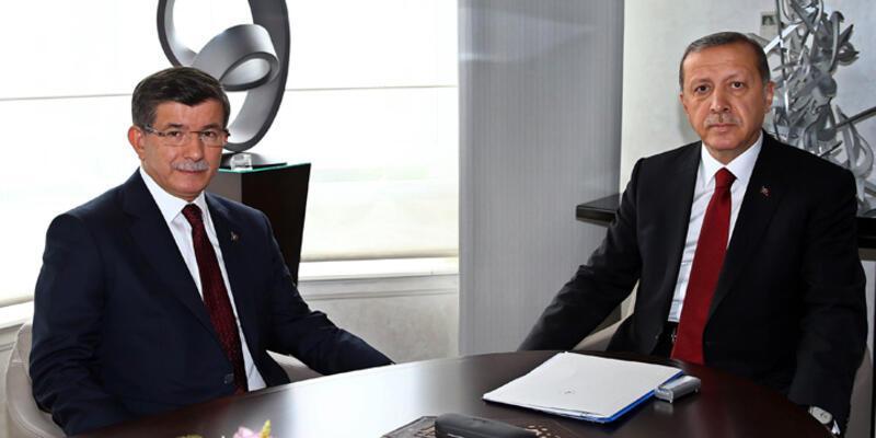 Hükümet kurma görevi Ahmet Davutoğlu'na verildi