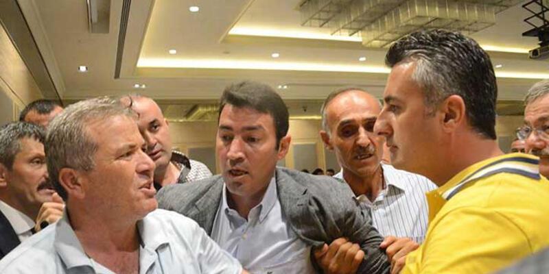 AK Parti iftarında kavga çıktı