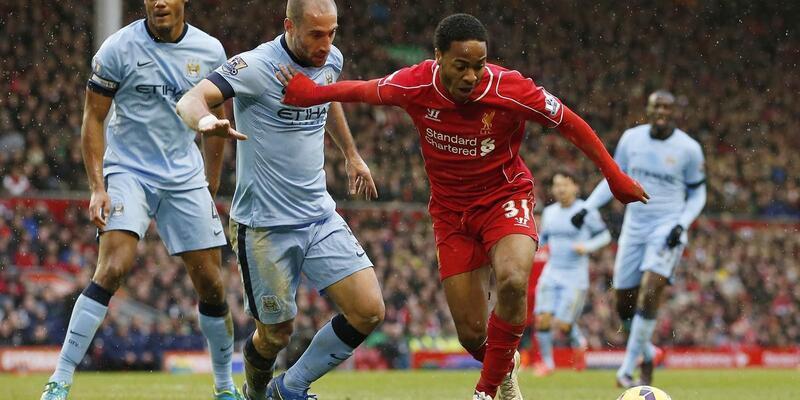 Liverpool taraftarı Sterling'i internetten satışa koydu!