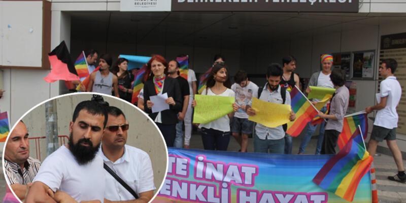 """""""LGBTİ Onur Yürüyüşü"""" açıklaması yapanlara taşlı saldırı"""
