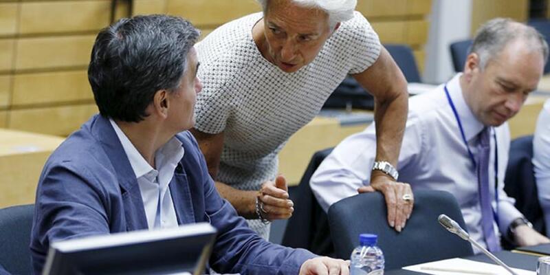 Euro Maliye Bakanları Yunanistan'ın taahhütlerini yetersiz buldu