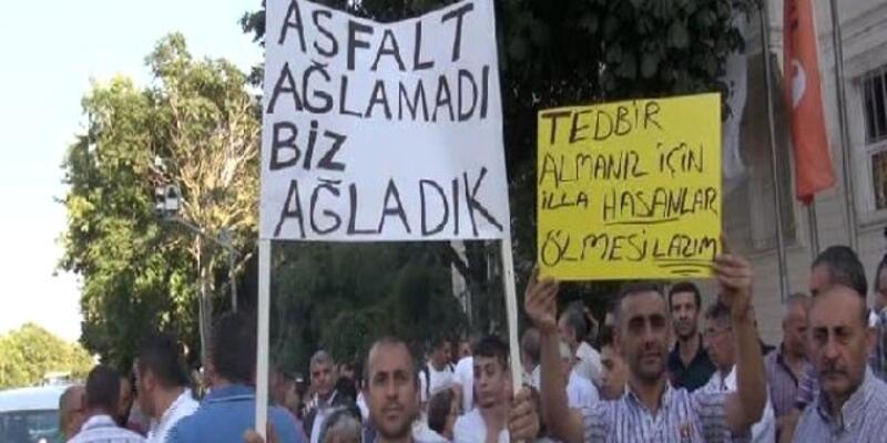 """Bağdat Caddesi'nde """"Trafik terörüne dur de"""" eylemi"""