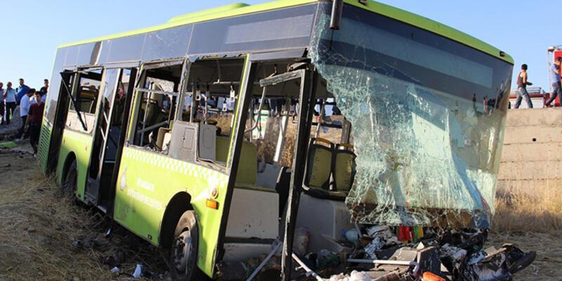 Diyarbakır'da otobüsle otomobil çarpıştı: 1 ölü 60 yaralı
