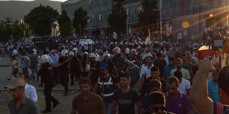 Bursa'da HDP'lilerle polis arasında gerginlik!