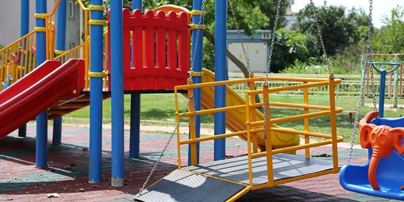 Sapanca Belediyesi'nden engelli çocuklara çocuk parkı