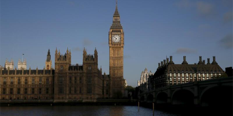 İngiltere sosyal yardım kesintilerini onayladı