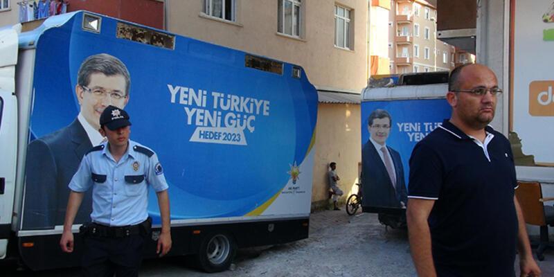Sancaktepe'de AK Parti aracının altında bomba bulundu!