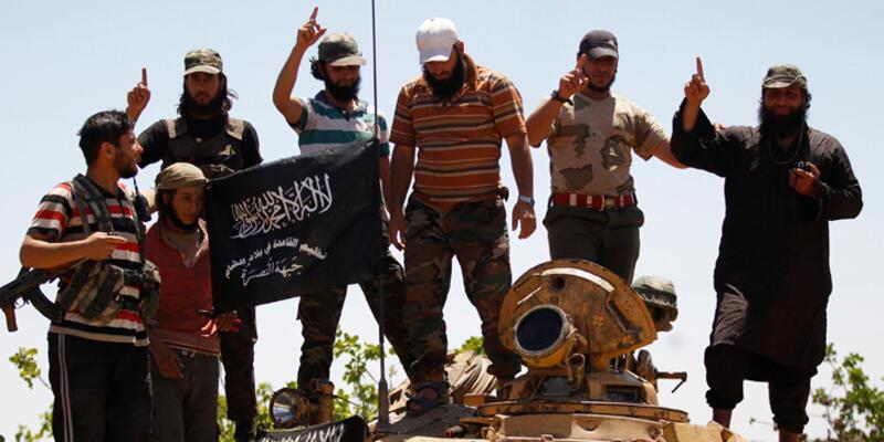 """FBI: """"IŞİD bulunduğunuz yerde öldürün mesajı veriyor"""""""