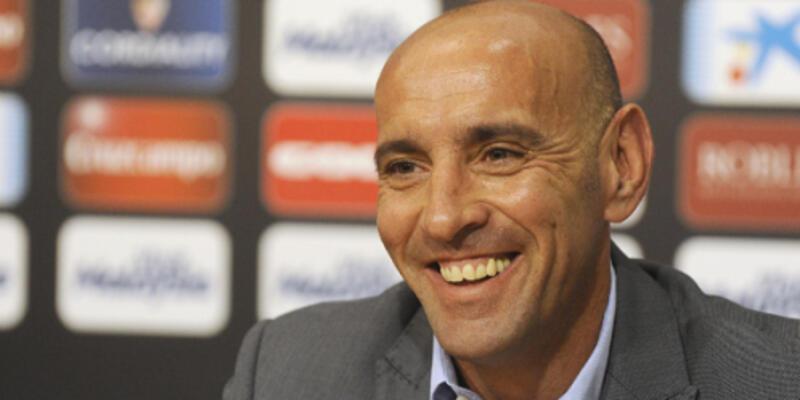 Monchi resmen Sevilla'da