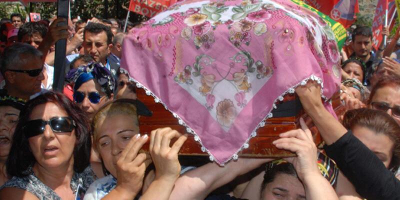Suruç'ta öldürülenler toprağa verildi