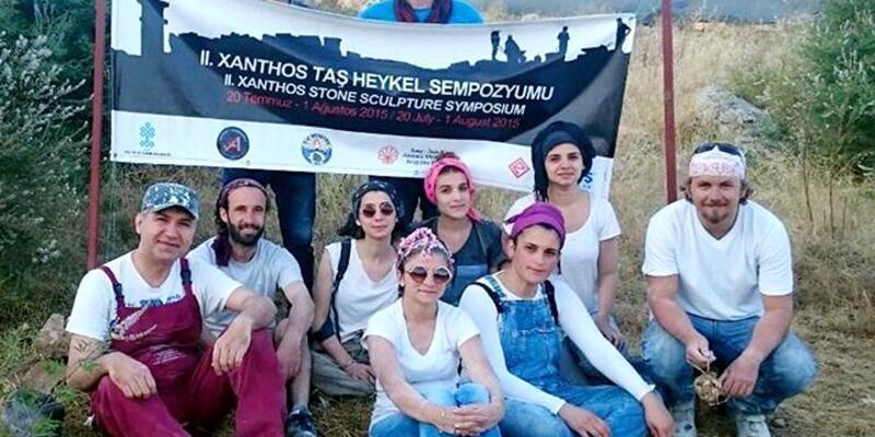 Antik kent Xanthos'a oturma grubu