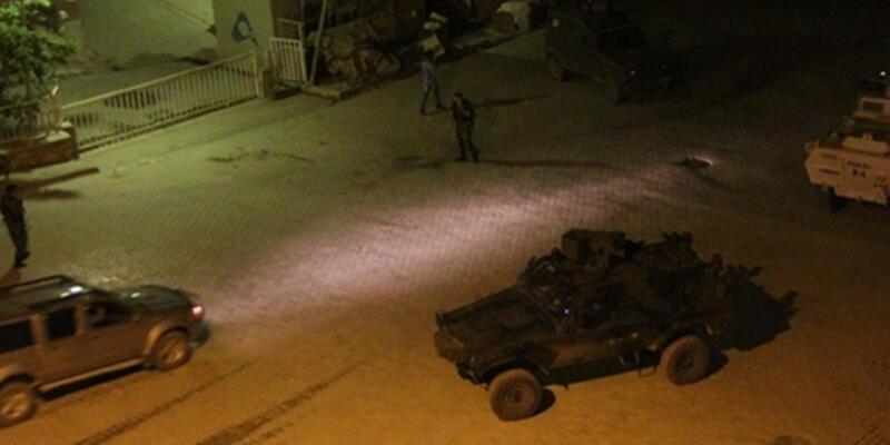 PKK'lılar 1'i polis 4 kişiyi kaçırdı
