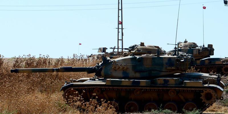 Şemdinli'deki sınır birliklerinden PKK hedeflerine yoğun top atışı