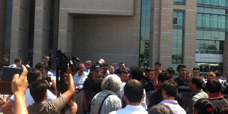 İstanbul Adliyesi'nde polisten avukatlara müdahale