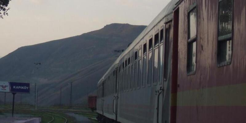 Ankara-Tahran trenine PKK'dan bomba