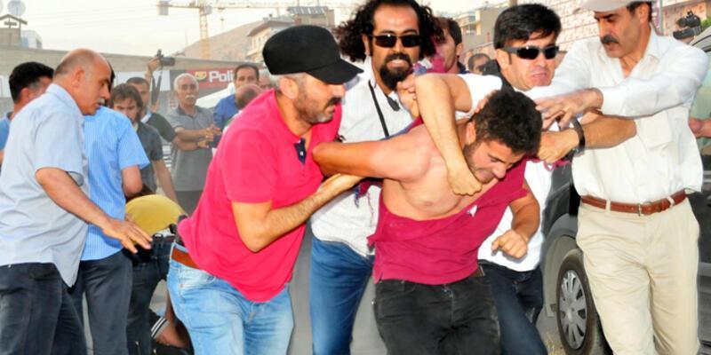 HDP'nin protesto yürüyüşüne polis müdahalesi